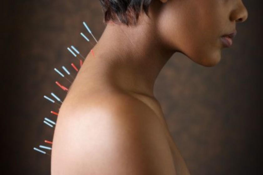 Точечный массаж для увеличения груди дома