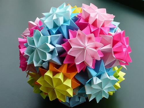 Оригами - это японское