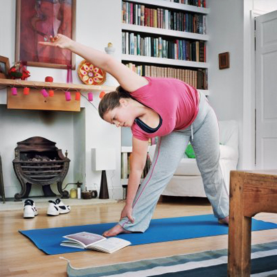Во многих фитнес-центрах для женщин, которые хотят с помощью выполнения определенных упражнений увеличить