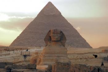 Тайна пирамиды Хеопса    Путь к разгадке тайны пирамиды Хеопса - от гробниц до антенны космической связи