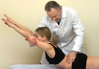 Врач остеопат. Лечение человеческого организма остеопатическими методами