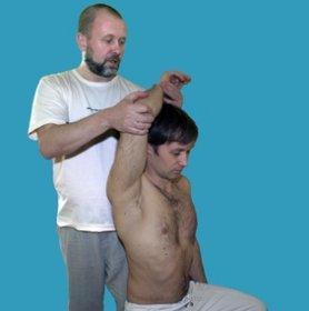 Выполнение мышечно-энергетических техники (МЭТ) остеопатии